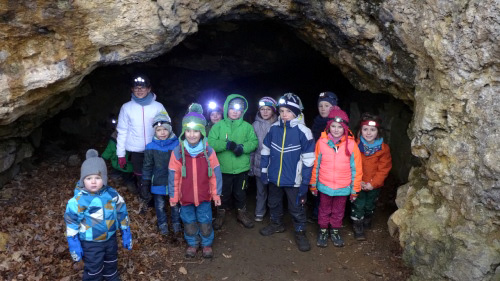 Bild Familiengruppe - Barnberghöhle